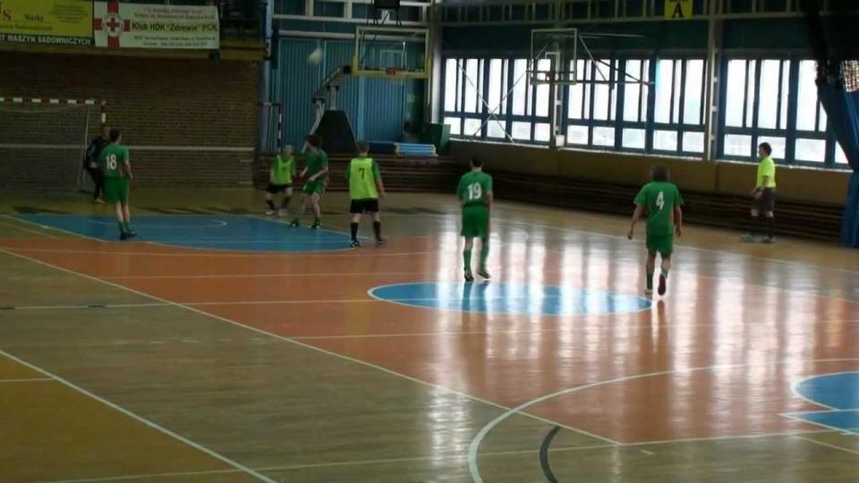 """Halowy turniej piłki nożnej """"Rocznika 1996"""" w CESiR Warka – 18 lutego 2012"""