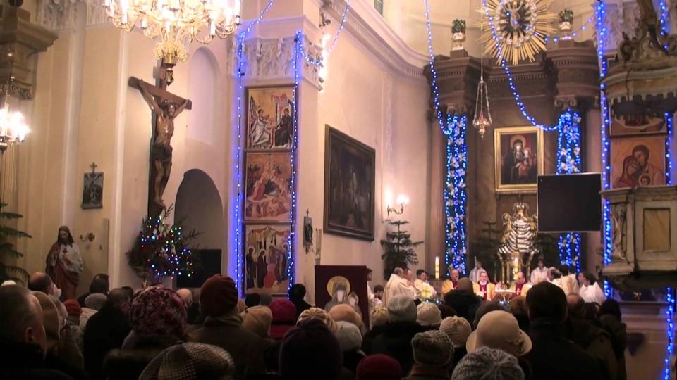Uroczysta Msza Święta Nuncjusza Apostolskiego ks. Marka Solczyńskiego w Warce –  2 lutego 2012