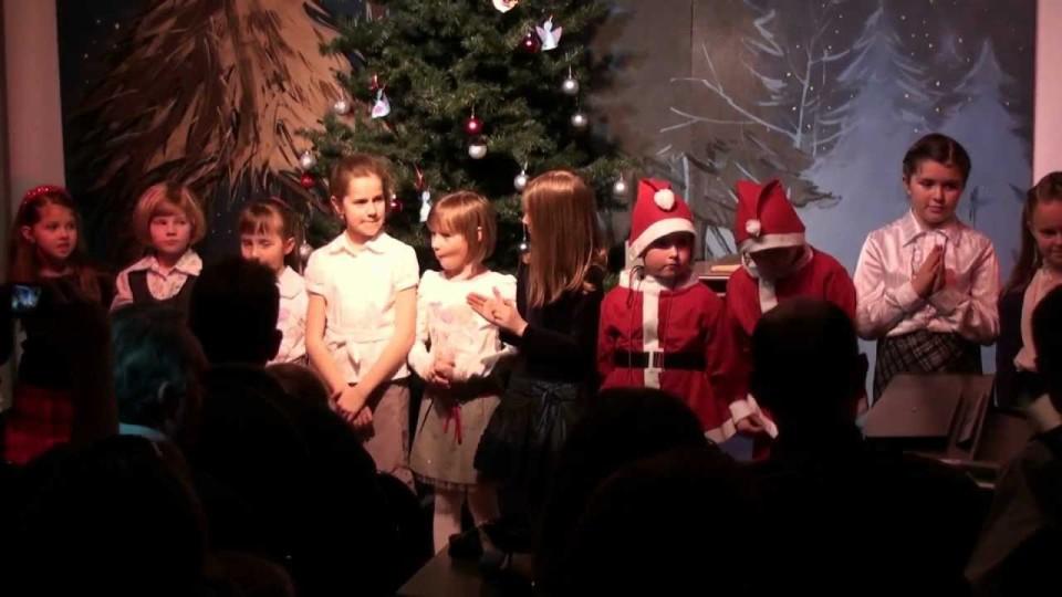 """Koncert Kolęd i Teatrzyk """"Nieduży"""" w Dworku na Długiej – 21 grudnia 2011"""