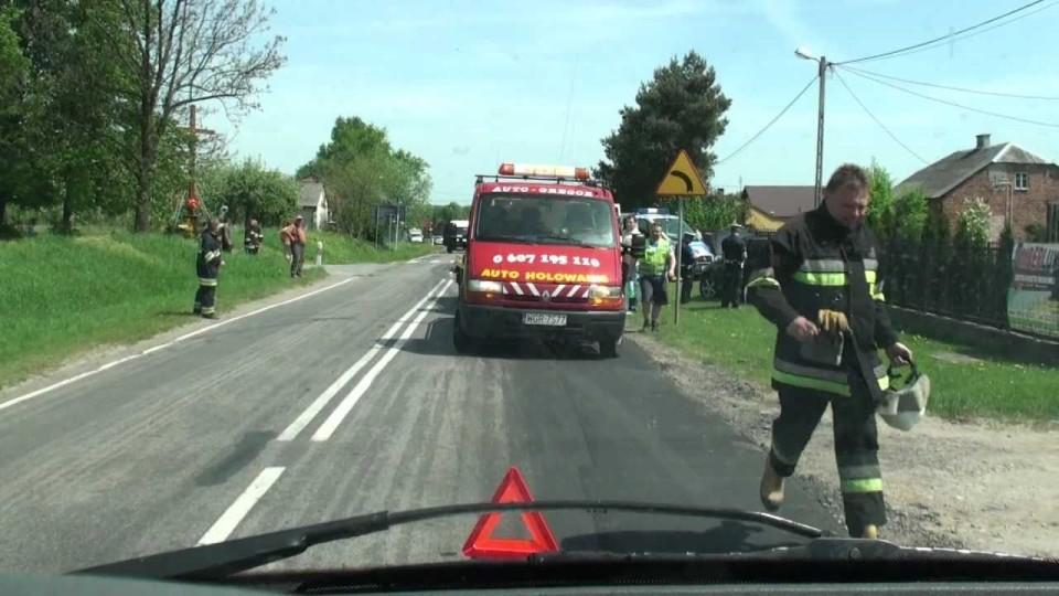 Wypadek samochodowy w Lechanicach pod Warką – 12 maja 2011