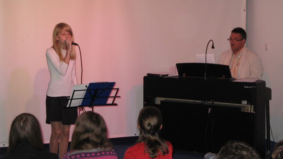 """Koncert """"Młodzi zdolni"""" w Dworku na Długiej – 27 czerwca 2012"""