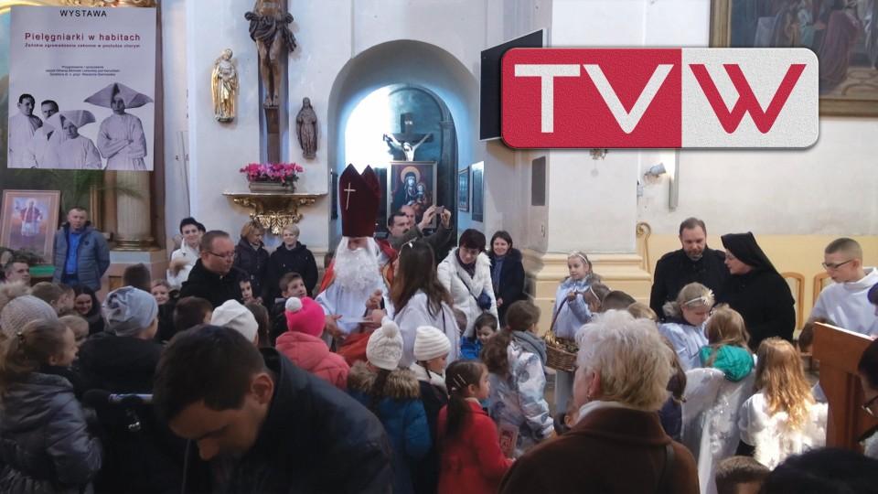 """Św. Mikołaj i Wystawa """"Pielęgniarki w Habitach"""" u MB Szkaplerznej – 6 grudnia 2015"""