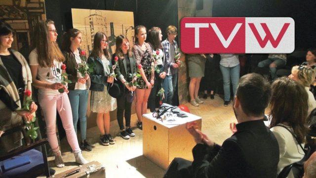 """Sztuka Teatru Młodzieżowego Pretekst """"Śmietnik ludzkich uczuć"""" – 12 kwietnia 2018"""
