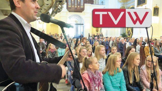 Występ dziecięcego chóru u Matki Bożej Szkaplerznej w Warce – 20 października 2019