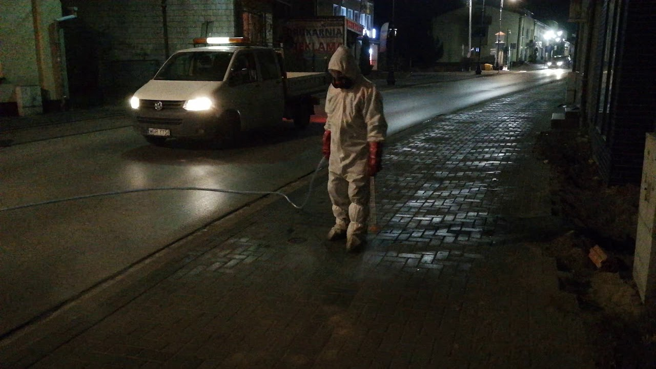 Walka z koronawirusem – dezynfekcja przestrzeni miejskiej Warki – 7 kwietnia 2020