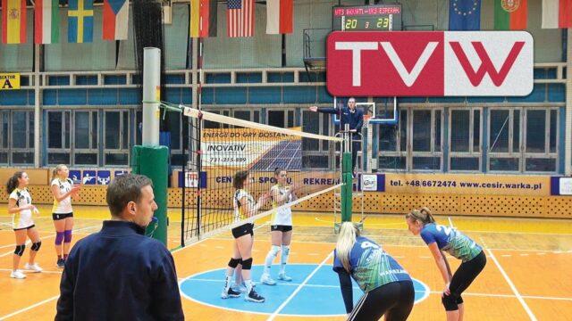 Mecz III ligi siatkówki kobiet WTS Inovativ Warka vs UKS Esperanto Warszawa 0:3 – 29 listopada 2020