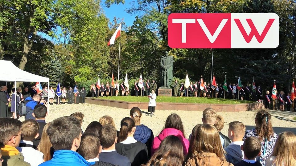 Dzień Kazimierza Pułaskiego przed muzeum na wareckich winiarach – 8 października 2021